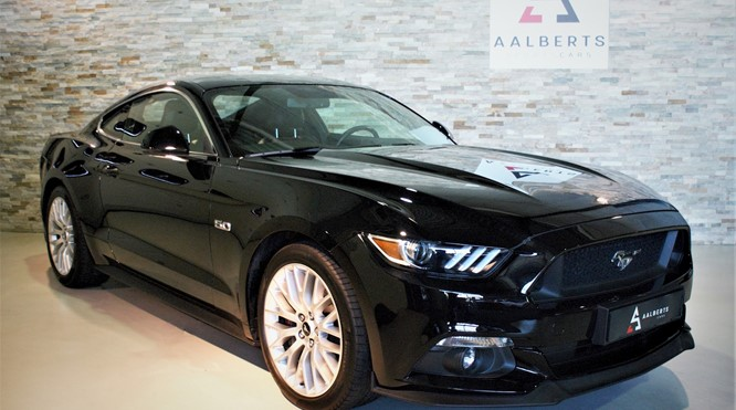 Ford USA Mustang Fastback 5.0 V8 GT € 59.950,00